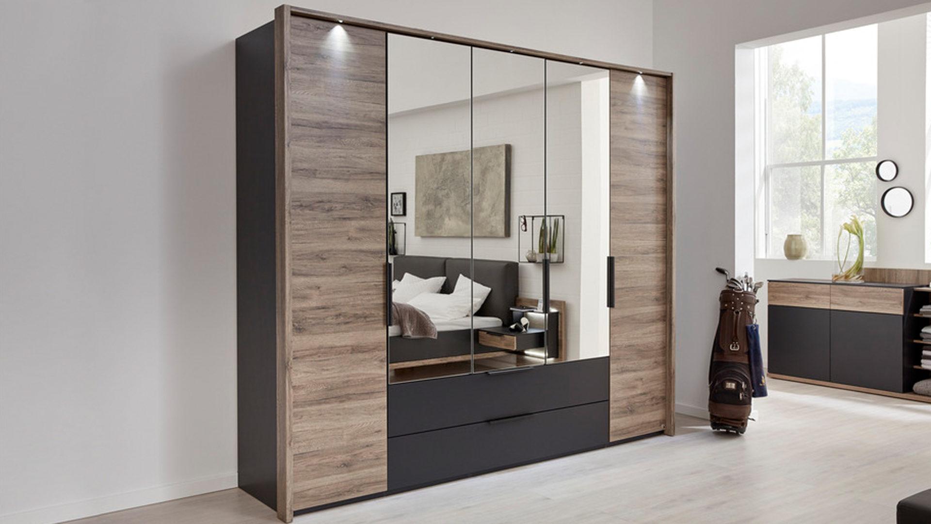 Interliving Schlafzimmer Serie 1007 – Kleiderschrank, dunkle Sanremo,