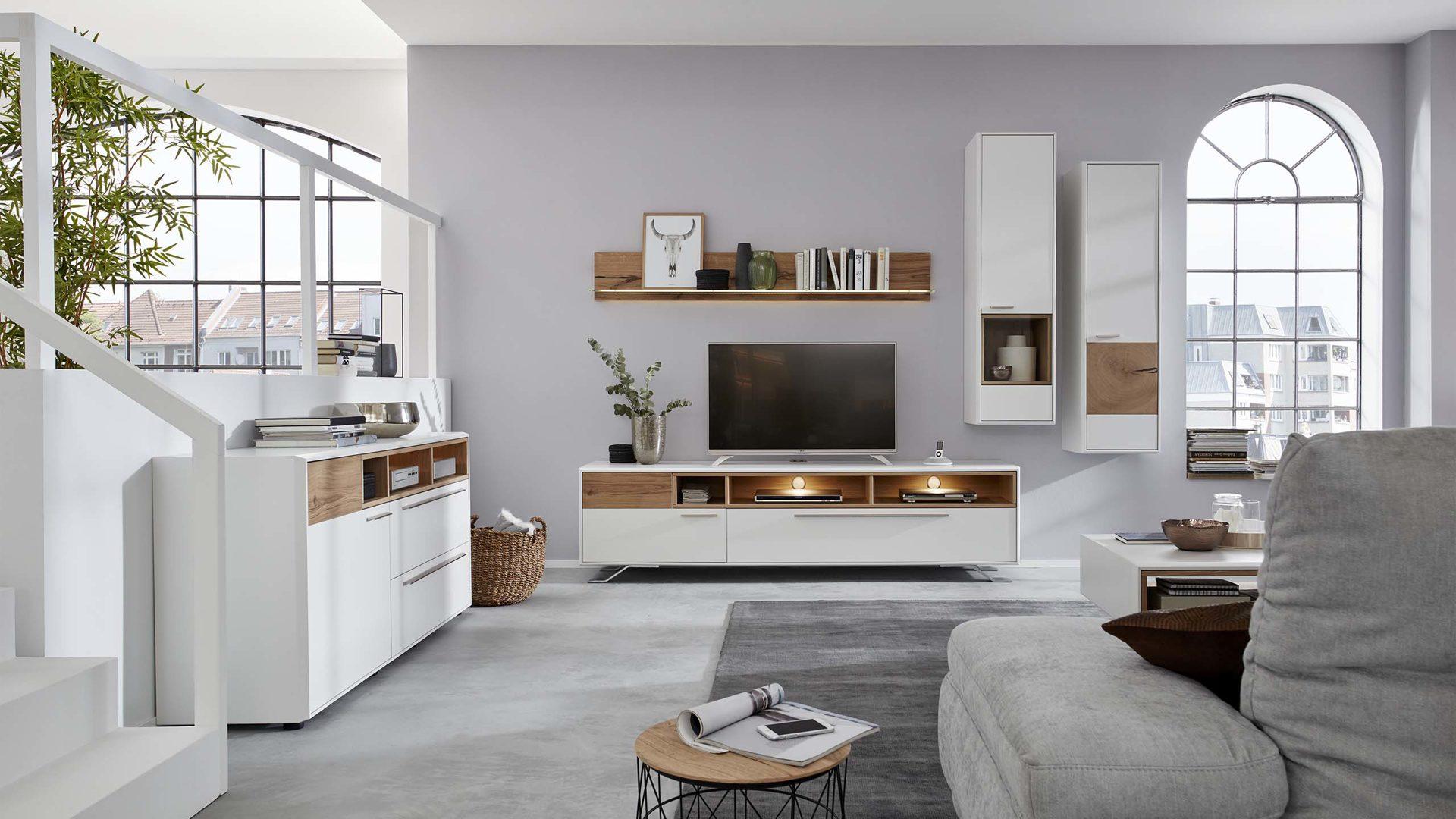 wohnwand die hausmarke il aus holz in holzfarben interliving wohnzimmer serie 2102 wohnkombination helles