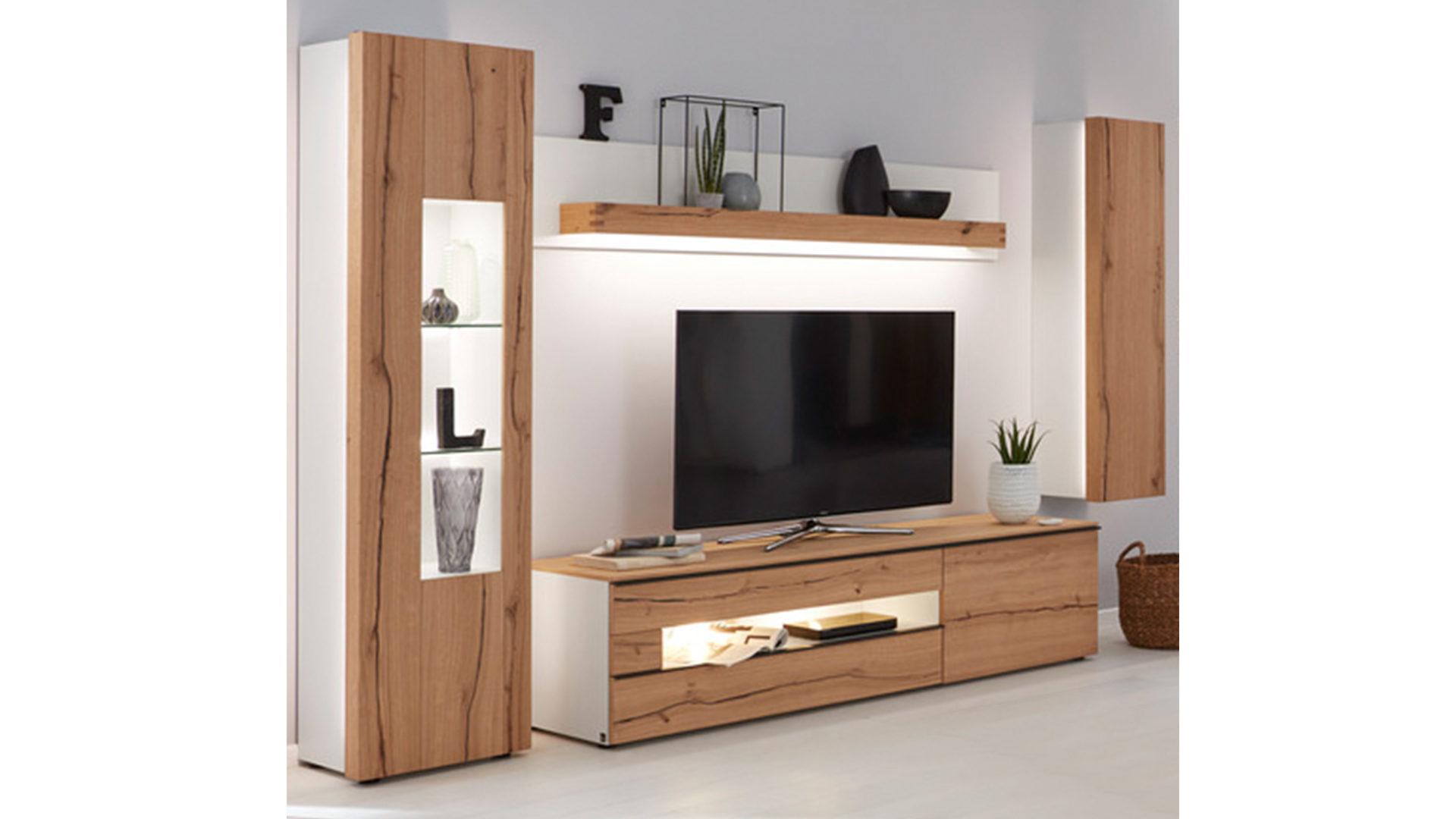 Wohnwand Die Hausmarke | Il Aus Holz In Weiß Interliving Wohnzimmer Serie  2103 U2013 Wohnwand Mattweißer