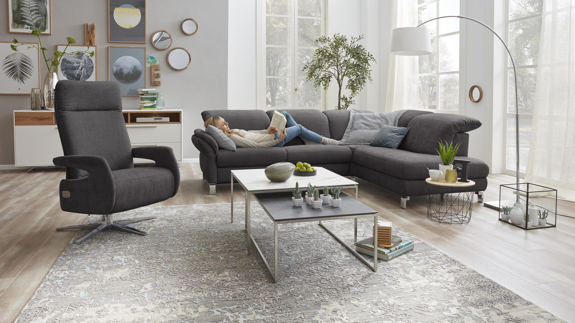 Interliving Sofa Serie 4101 Eckkombination Dunkelgrauer Bezug