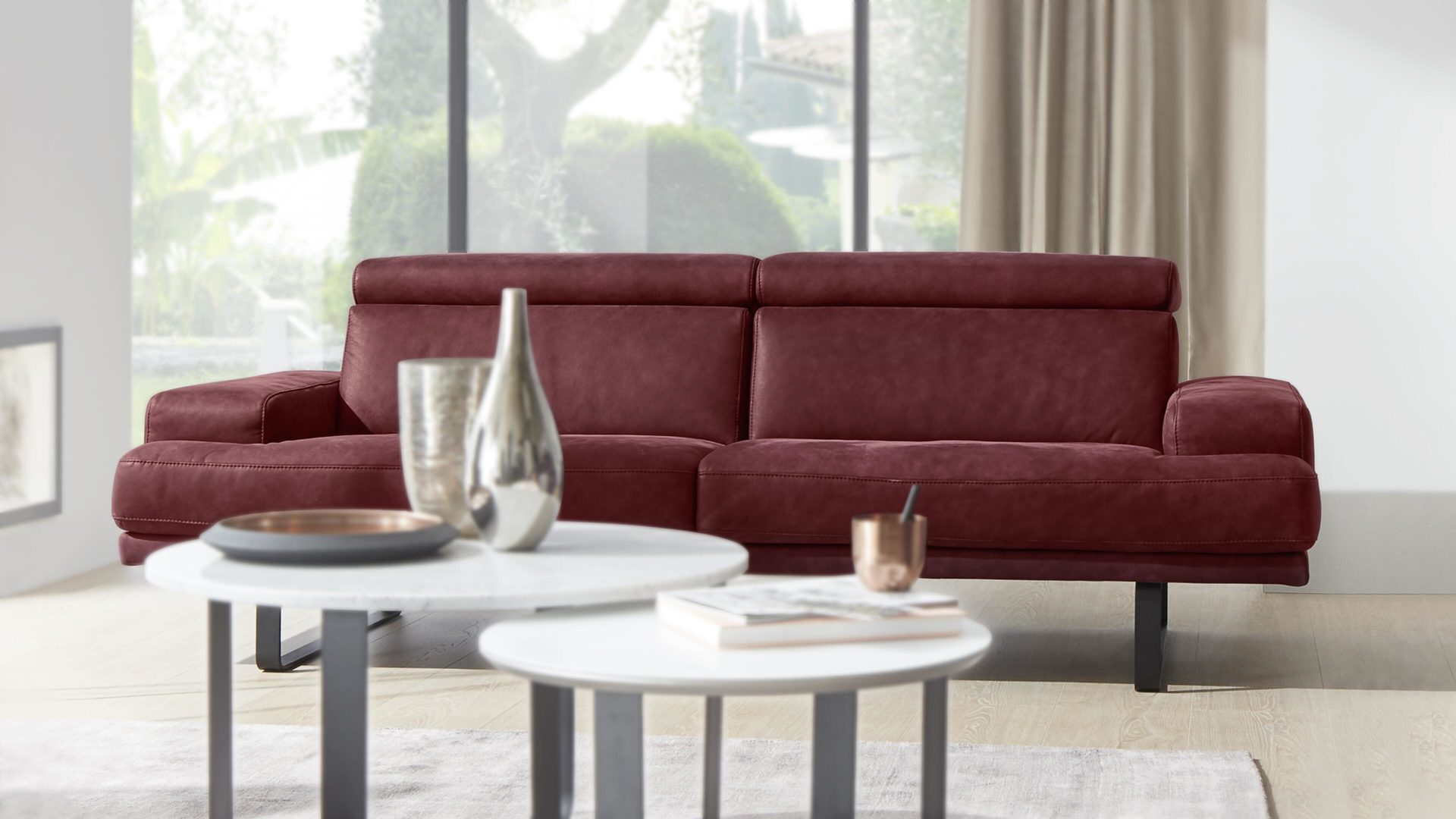 Interliving Sofa Serie 4152 Dreisitzer Ledercouch Dunkelrotes