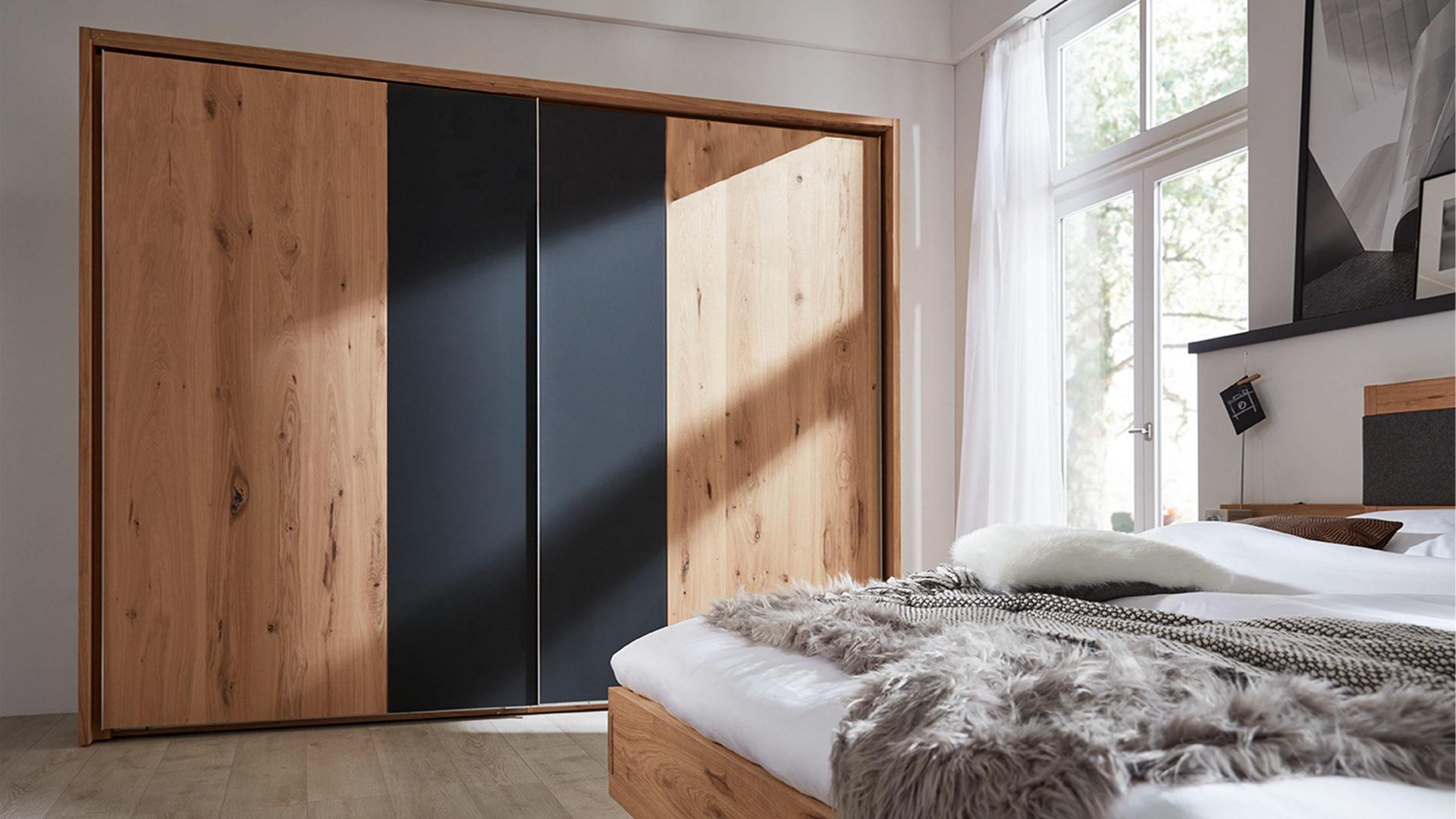 Interliving Schlafzimmer Serie 1004 – Schwebetürenschrank ...