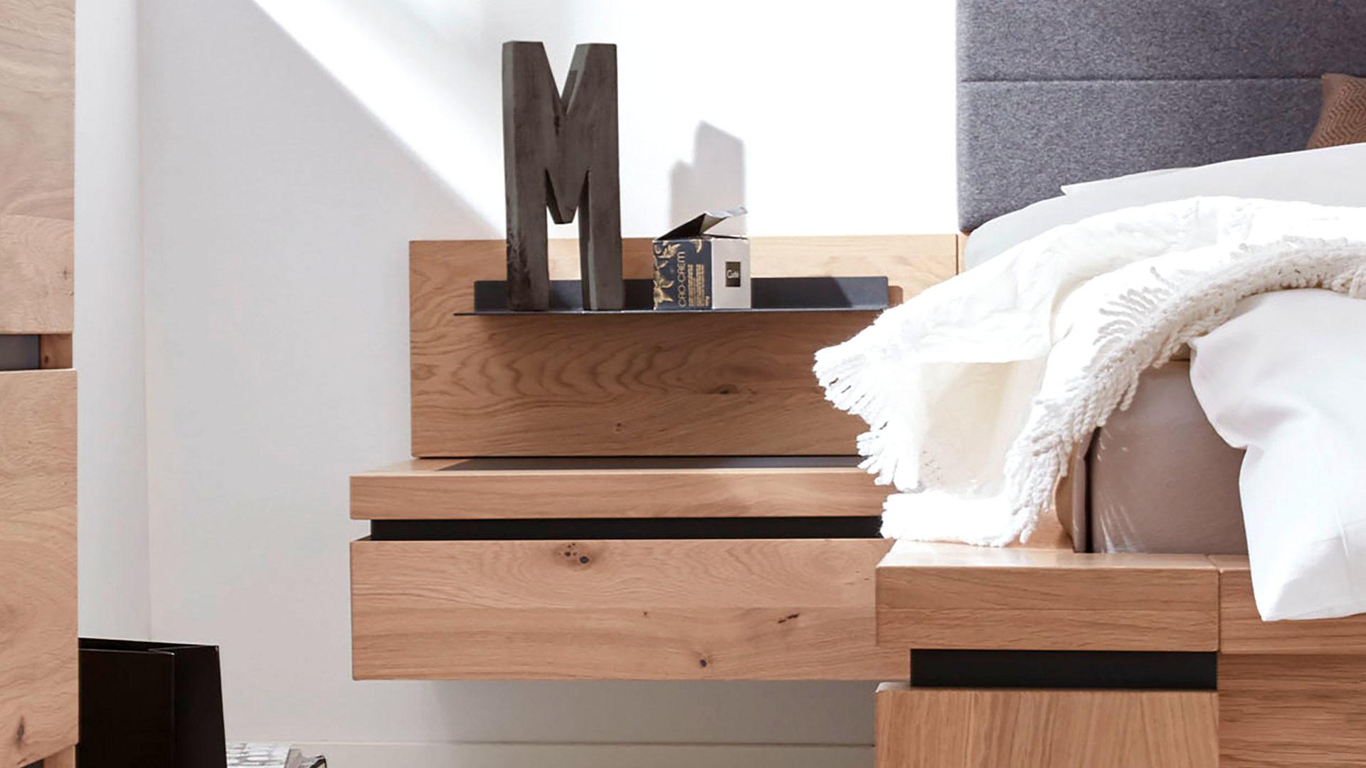 Interliving Schlafzimmer Serie 1005 – Nachtkonsole, Wildeiche – eine  Schublade
