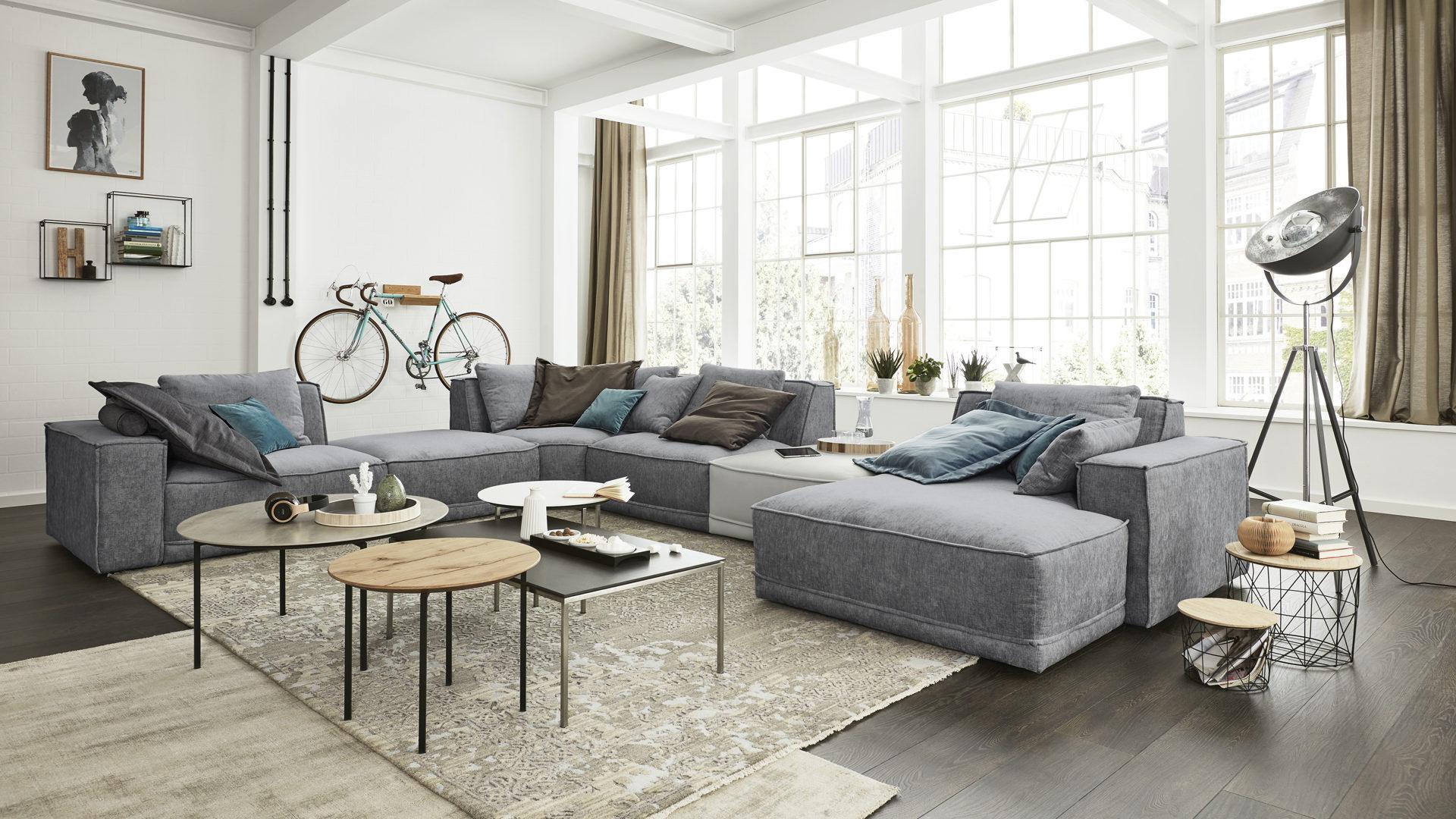 Interliving Sofa Serie 4100 Wohnlandschaft Jeansfarbener Stoffbezug
